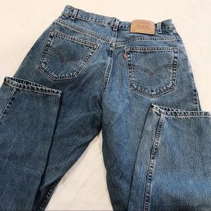 Vintage | Levi's 560 Relaxed Tapered Leg Mom Jean